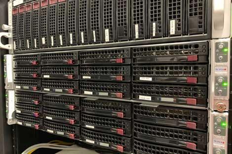 new-york-data-center-equipment-2_470x313