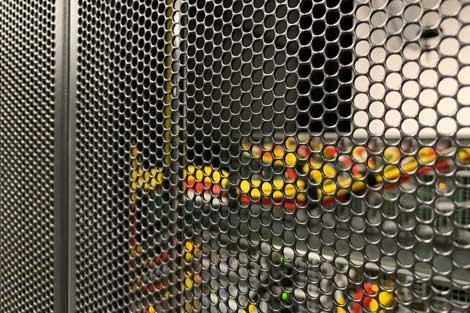 new-york-data-center-equipment-3_470x313